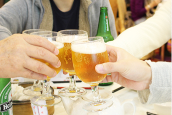 週末グルメツアー!現地人が集まる大食堂で美味しい中華料理